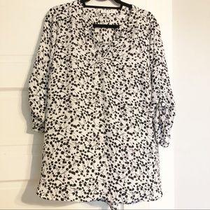 Chaus NY 1X EUC White Black Floral Sheer Blouse